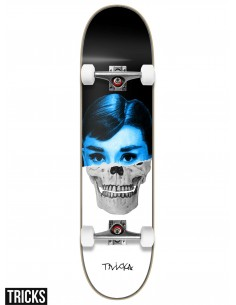 Skate Completo Tricks Skateboards Skull 8.0